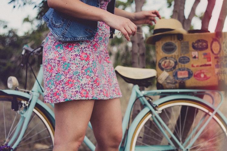 Quel bas porter en été lorsqu'on est une femme?