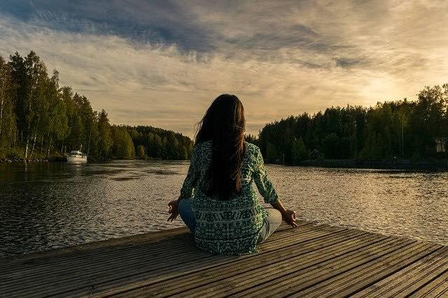 3 bonnes raisons de s'inscrire à des cours de yoga