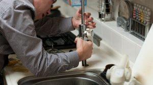 Plombier d'urgence signes dont vous avez besoin pour obtenir les services d'un plombier