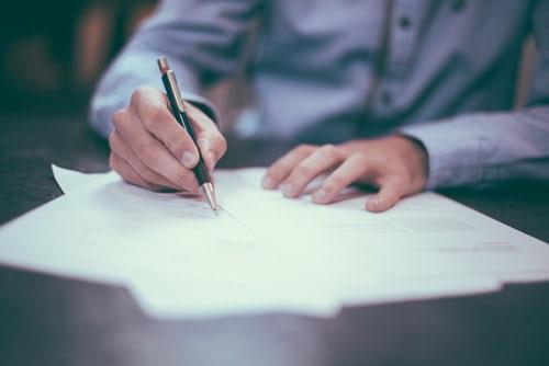 Les privilèges de contacter un avocat en droit des affaires